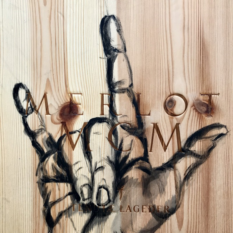I love you hand sign | Wine | Merlot